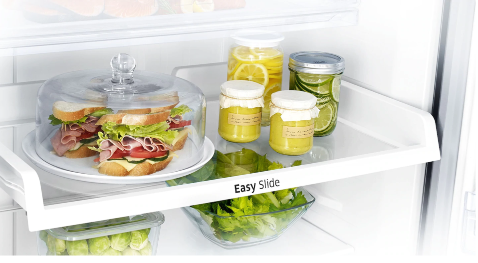 Samsung Refrigerator Review for UAE- Generally, reaching into a refrigerator often means navigating an obstacle course of items. The Easy slide shelf helps avoid all these problems.