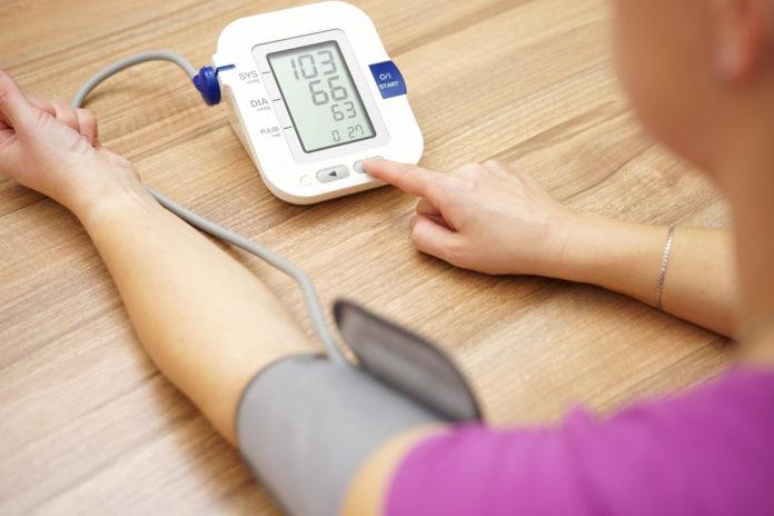 Omron blood pressure machine reviews